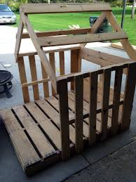 Pallets Framed Out Playhouse From Pallets Chicken Coop Plans And Tips