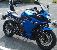 yamaha xj6. side view of the yamaha xj6 diversion in blue