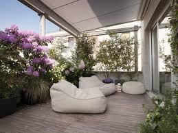 Tende Da Balcone In Plastica : Piante terrazzo moderno con fiori e foto design