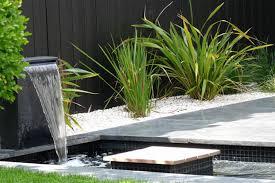 Fontaine Design Jardin Bassin De Jardin Contemporain Avec Jardin Avec Fontaine