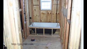 easy bathtub installation tip for new home construction and some remodeling projects you