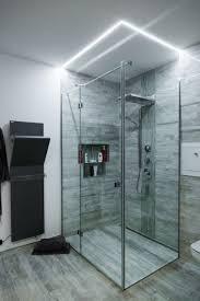 Begehbare Dusche Mit Beeindruckender Lichtstimmung Wie Wichtig Eine