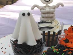 Halloween Bundt Cake Decorations Easy Halloween Cupcake Decorations Cakecentralcom