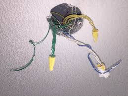 light fixture electrical box what are all these wires? home light fixture wires are not color coded at Light Box Wiring