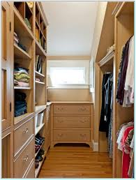 Walk In Closet Small Walk In Closet Design Layout Video And Photos