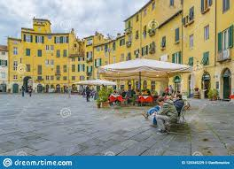 Mura Storiche Lucca Italy Seating Chart Piazza Anfiteatro Lucca City Italy Editorial Stock Image