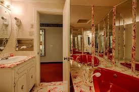 a romantic heart shaped jacuzzi in a gatlinburg honeymoon suite
