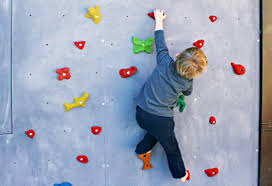 x es climbing holds holds for