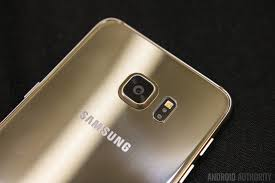 samsung galaxy s6 gold in hand. samsung galaxy s6 edge plus hands on-5 gold in hand
