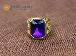 vine masonic ring with a large