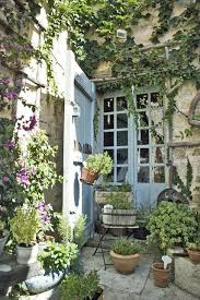 small courtyard gardens french country