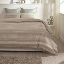 coastline wrinkle resistant reversible print 100 organic cotton beige king duvet cover set
