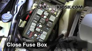 replace a fuse 2005 2009 buick lacrosse 2006 buick lacrosse cx 6 replace cover secure the cover and test component