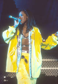 See more ideas about 90s party costume, 90s hip hop fashion, aaliyah style. Aaliyah 90s Fashion Influence Revisiting Aaliyah 90s Style