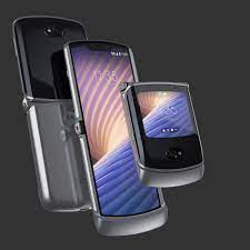 Motorola's second-gen foldable Razr adds 5G, better cameras, and a chance  at redemption - The Verge