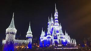 Castle Christmas Lights 5 Things To Know Before Visiting Disney At Christmas