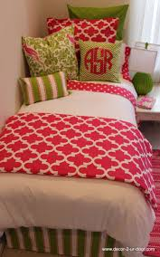 Preppy Bedroom 1000 Ideas About Preppy Bedding On Pinterest Bedroom Dorm
