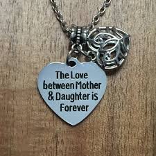 charm love you forever love your family your friend and also yourself endless love perfect love ladytree ladytree company is a famous jewelry