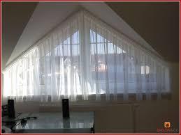 74 Foto Stock Von Gardinen Schräge Fenster Konzept Von Ideen