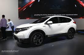 Euro-spec 2018 Honda CR-V Abandons Diesel for Hybrid Engine ...