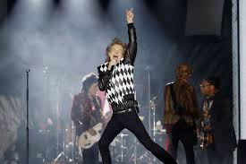 Rolling Stones At Soldier Field Review Mick Jagger In Top