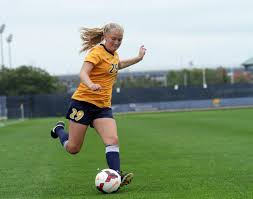 Allison Jacobson shares special bond with sisters over Marquette soccer –  Marquette Wire