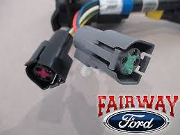 96 97 f 250 f 350 super duty oem ford trailer tow wire harness w 96 97 f 250 f 350 super duty oem ford trailer tow wire