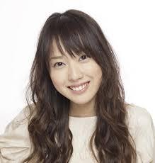 戸田恵梨香 歯茎治した2017は大嘘でリバースたばこで黒いままの画像とは