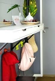 command strips shelf hang