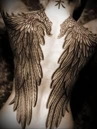 новыйl красивые тату для девушек на спине надписи крылья ангел