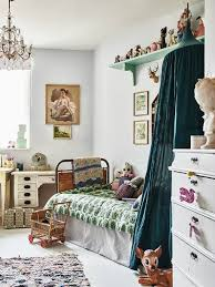 Girls Vintage Bedroom Ideas 2