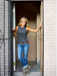 Rehab Addict' returns; host Nicole Curtis an advocate for children
