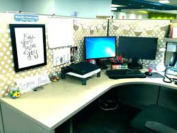 decorating your office desk. Extraordinary Ideas To Decorate Your Office Cubicle Desk Decor Table Decoration Decorating A