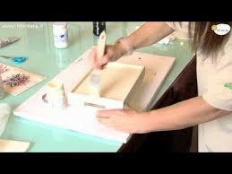 Vassoi In Legno Da Decorare : Come impiegare il d� coupage pittorico nella decorazione in un