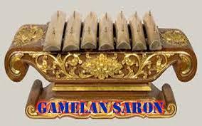 Musik yang tercipta pada gamelan jawa berasal dari paduan bunyi gong, kenong dan alat musik jawa lainnya. Instrumen Kelompok Musik Gamelan Sejarah Indonesia Web Sejarah Sejarah Dunia