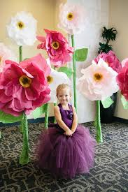 25 best giant flowers ideas