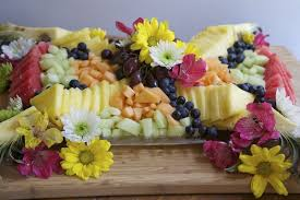 Decorative Fruit Trays How To Make A Beautiful Fruit Tray Divas Can Cook 19