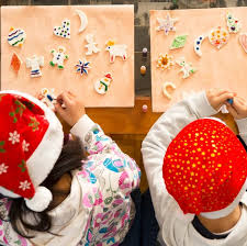 Christmas Photo Kids 29 Best Christmas Games Activities For Kids Holiday Kids