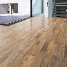 Guarcino Reclaimed Oak Effect Laminate Flooring 1.64 m Pack | Departments  | DIY at B&Q