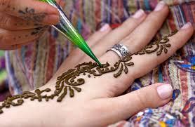 Tetování Hennou Jenženycz