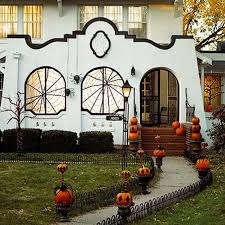 Small Picture 50 Cool Outdoor Halloween Decorations 2012 Ideas family holiday
