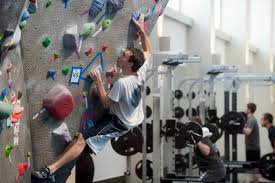 How To Get Better Grades In College College Students Working Out At Campus Gyms Get Better