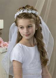 First Communion Hairstyles 82 Inspiration 24 Best Veils Images On Pinterest Holy Communion Dresses