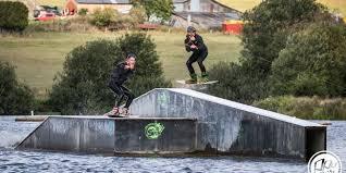 Le Gratin Du Wakeboard Aux Lacs De Leau Dheure Dh Les