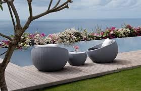 patio furniture pool lounge chairs
