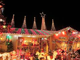 outdoor holiday lighting tips. residential outdoor christmas light display | lighting tips / holiday
