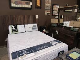 International Furniture Direct IFD 5 Piece, Beautiful, solid wood bedroom set!!
