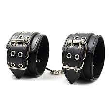 w1023 game handcuffs black leather wrist restraints y costume cosplay slave hand cuffs for toys object
