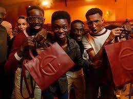 How Telfar's shopping bag became a ...