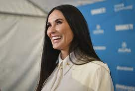 What plastic surgery has Demi Moore had ...